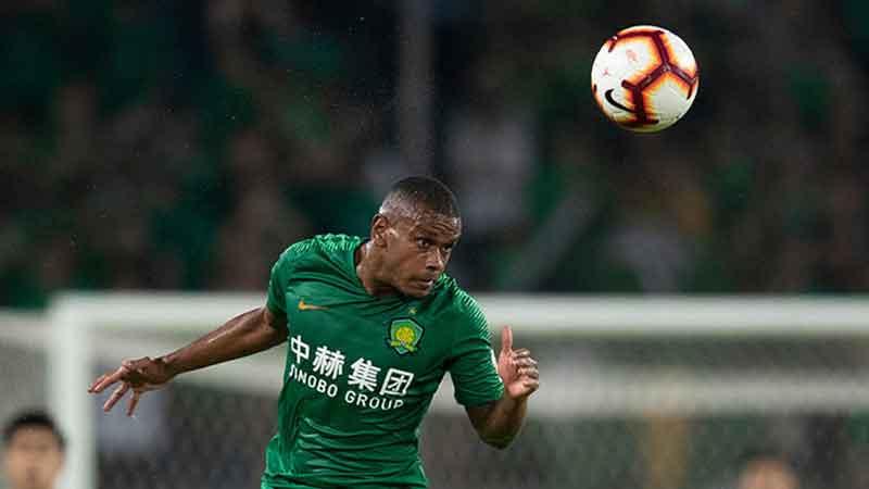 Почему Фернандо не может остаться в Китае